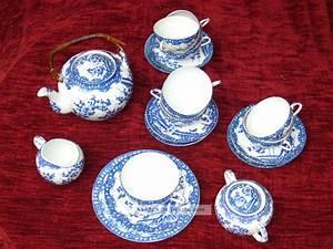 Altes Japanisches Teeservice : konvolut altes chinesisches porzellan teeservice ~ Michelbontemps.com Haus und Dekorationen