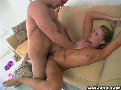 Sex Appeal Chick With Trimmed Pussy Flower Tucci Is Fucked Hard