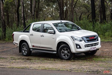 2017 Isuzu D Max X Runner Review Video Performancedrive