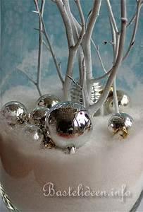 Große Deko Vasen : weihnachtsbasteln weihnachtliche und winterliche vase ~ Markanthonyermac.com Haus und Dekorationen