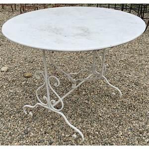Table Fer Forgé Ronde : table ronde en fer forg pliante sur moinat sa antiquit s d coration ~ Teatrodelosmanantiales.com Idées de Décoration