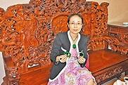 「翡翠王后」:含有機物的老翡翠好 - 香港文匯報