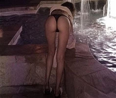 Willa Holland Nude Photos And Hot Scenes Scandal Planet