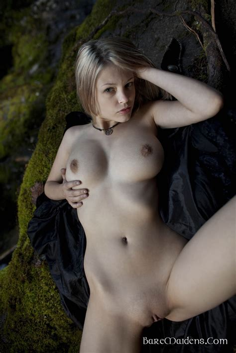 Natural Girls Nude Naked Exhibitionists Amateurs Art Nudes Hairy Pussy Natural Breasts