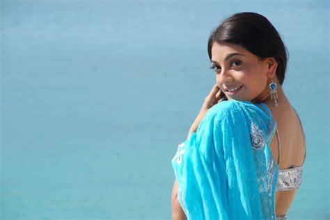 Kajal Agarwal Blue Saree Photos