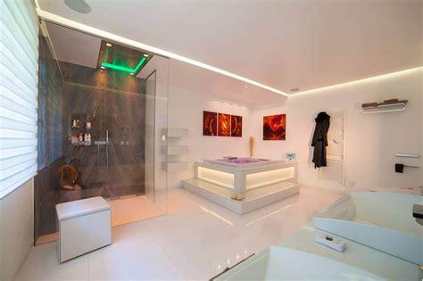 Moderne Luxus Badezimmer by Luxus Badezimmer Luxuri 246 Ses Badezimmer Design Vom Profi