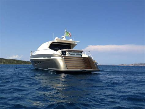 one owner from new until 2018. Jaguars Owner Yacht - Liam Medina
