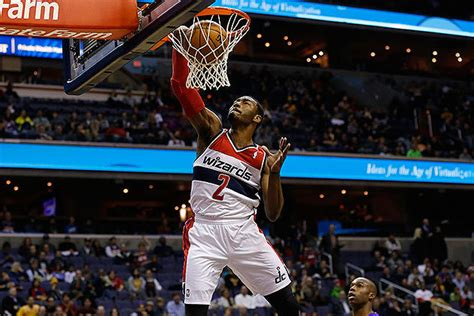 wizards john wall thrills   dunk   lakers