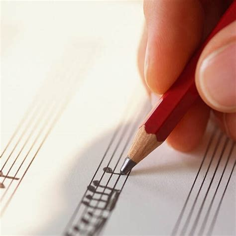 Smar t t ip , choose chords that contain the majority of t he melody notes within each bracket. Grade 5 Theory Class - Forte School of Music UK