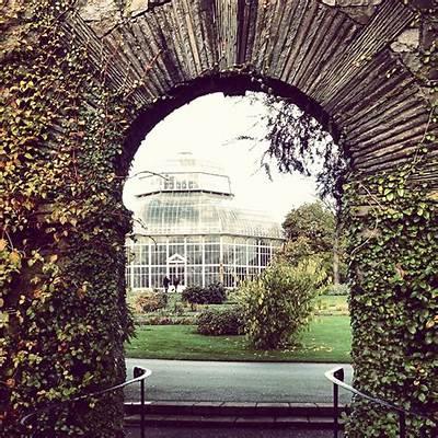 Dublin's National Botanic Gardens & Glasnevin Cemetery