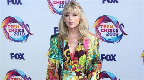 Taylor Swift's ME! All the Easter eggs in the video for ...
