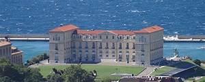 La Plateforme Du Batiment Marseille : palais du pharo attractions de la provence notre ~ Dailycaller-alerts.com Idées de Décoration