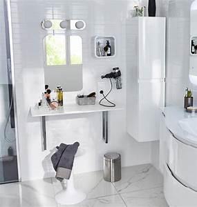 Coiffeuse Salle De Bain : pourquoi pas une vraie coiffeuse dans la salle de bains ~ Teatrodelosmanantiales.com Idées de Décoration