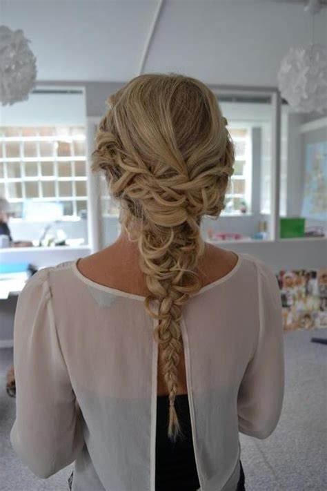 incredibly cute homecoming hairstyles  hairstyles