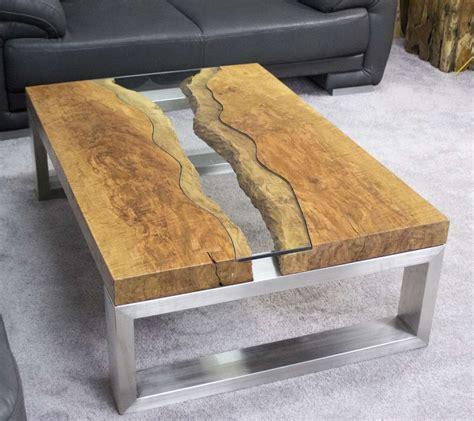 Couchtisch aus Massivholz Litschi  Der Tischonkel