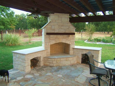 Backyard Fireplace Ideas by Pin By Teri On For The Outdoor Home Backyard