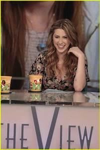 eden sher is so pretty in real life! | s t a r s ...