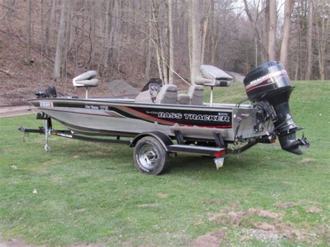 Bass Tracker Boats For Sale In Pennsylvania by 2000 Bass Tracker Pro Team 175 For Sale In Tunkhannock