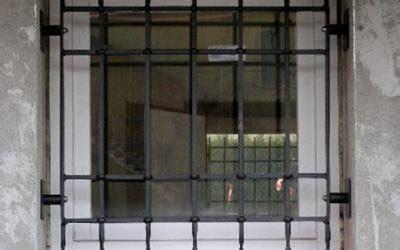 ringhiera per finestra recinzioni in ferro brescia fabbro quaini camillo