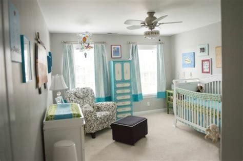 peinture chambre gar輟n décorer la chambre bébé garçon conseils et exemples archzine fr