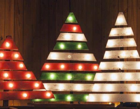 weihnachtsbaum aus nur  palette basteln  ideen