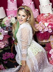 Meghan Trainor weight, height and age. We know it all!
