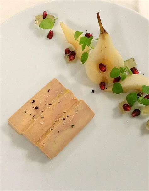 cuisiner le chou chinois foie gras de canard pressé gelée de poires au chagne d