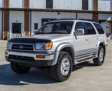 reserve  toyota runner limited wd  sale