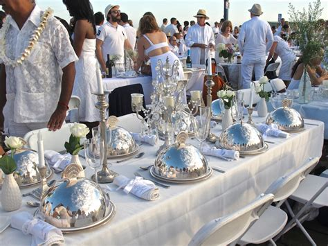 Pier 1 Dining Table Chairs by Popup Dinner La Evening In White Tasting Page