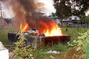 Pembakaran Terbuka Membimbangkan