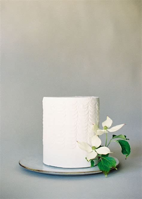 For The Cake Organic And Simple Single Tier White Wedding