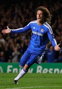 David Luiz Pictures - Chelsea FC v Bayer 04 Leverkusen ...