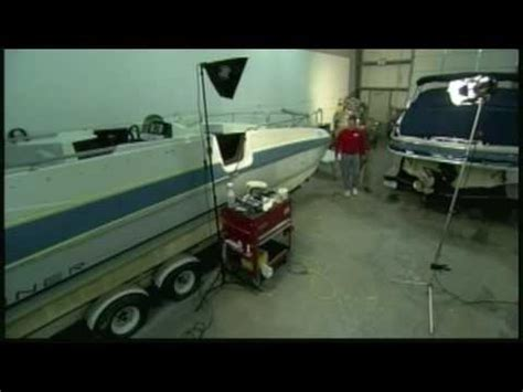 Glastron Boat Hull Blisters by How To Patch A In A Fiberglass Boat Hull Doovi