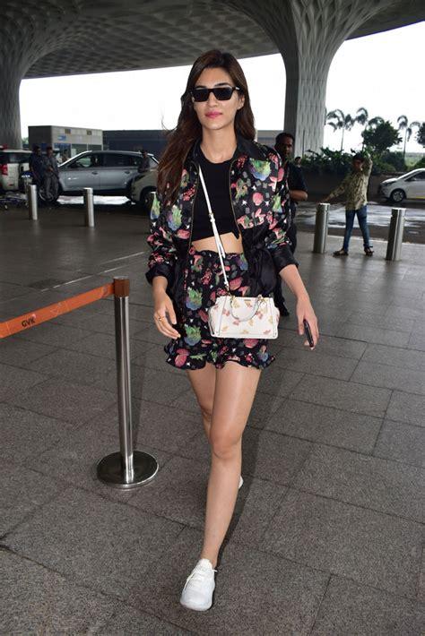 kriti sanon  crop top  shorts  mumbai airport