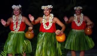 Famous Hawaiian Hula Dancers