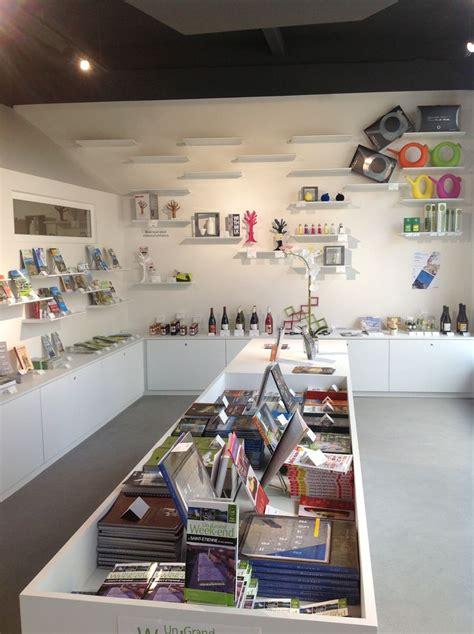nouvelle boutique design office de tourisme de saint