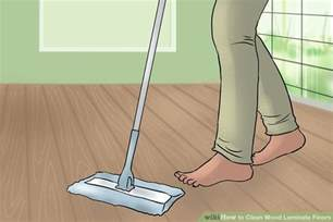 cleaning pergo floors swiffer how to clean wood laminate floors swiffer diy laminate