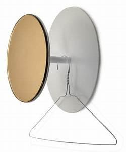 Spiegel Rund Kupfer : reflect wandhaken spiegel 25 cm wei spiegel kupferfarben by serax made in design ~ Frokenaadalensverden.com Haus und Dekorationen