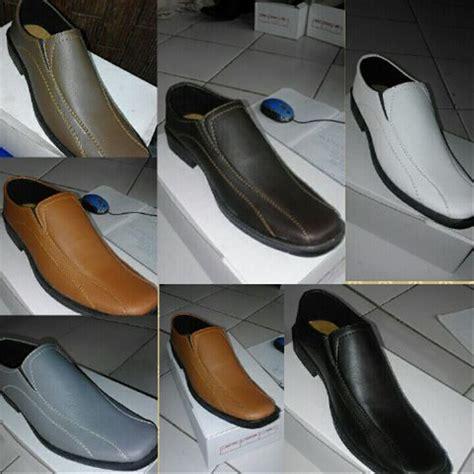 Sepatu Santai Ukuran 45 jual sepatu kerja pantofel pria ukuran besar 45 dan 46