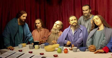 Foto: Vaska Jēzus Kristus, Fiona un Karlsons Vecrīgā ...