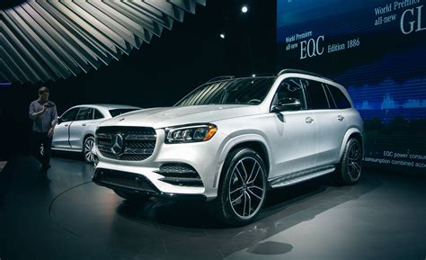 Mercedes gls 580 suv 2020check the most updated price of mercedes gls 580 suv 2020 price in russia and detail specifications, features and compare mercedes gls 580 suv 2020 prices features and detail specs with upto 3 products. 2020 Mercedes Benz GLS: Launch Date, Specifications And Price Details   OtakuKart News