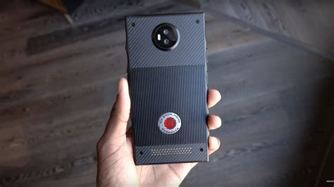 reds upcoming  smartphone  enormous  verge