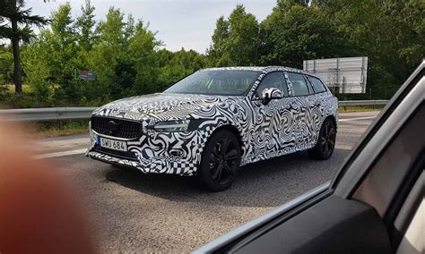volvo  cross country spied testing   la