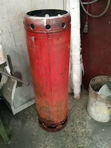 Gasflasche Als Feuerstelle : feuertonne aus einer gasflasche geschnitzt vorstellung grillforum und bbq www ~ Sanjose-hotels-ca.com Haus und Dekorationen