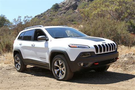 new jeep white 2014 jeep cherokee trailhawk review video off road com