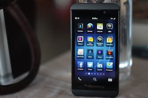blackberry z10 review the blackberry the world has been waiting for www unbox ph