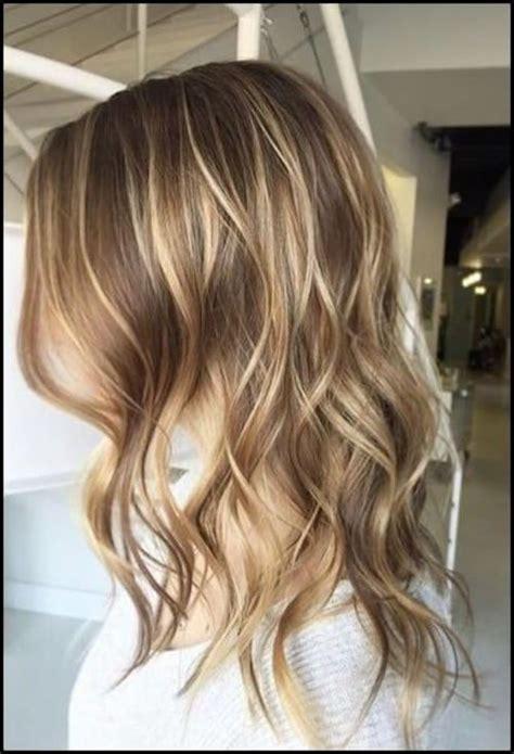 Mit strähnen blonden braun frisur survasisac: Blonde