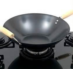 comment cuisiner avec un wok ou acheter un wok table de cuisine