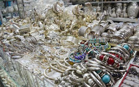 unique gifts souvenirs  buy  cambodia