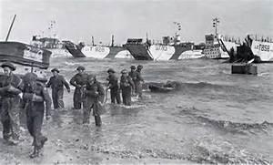 British Troops Wading Ashore At Gold Beach
